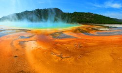 Grand Prismatic Spring im Yellowstone Nationalpark in den USA
